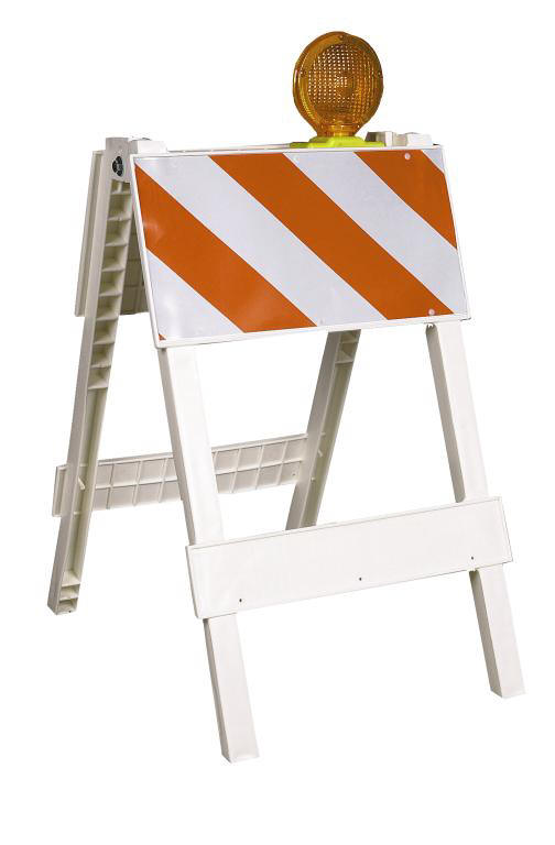 Traffic Light For Sale >> 24in Barricade w/ Light - RentalZonePA